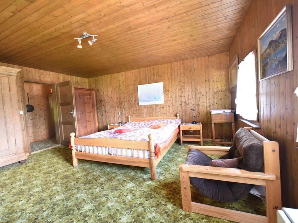 Ferienwohnung Großzügiges Ferienhaus mit eigener Terrasse in Obersaxen (343359), Obersaxen (alle), Surselva, Graubünden, Schweiz, Bild 9