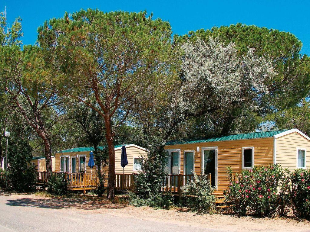 Appartement de vacances Domaine résidentiel de Plein Air l'Elysée 2 (405963), Le Grau du Roi, Côte méditerranéenne Gard, Languedoc-Roussillon, France, image 2