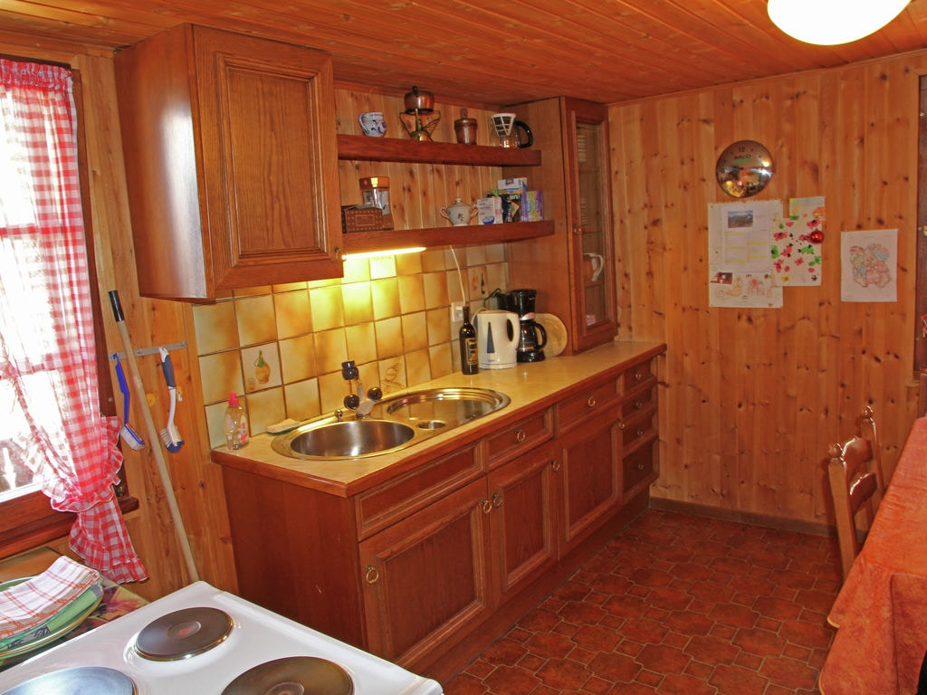 Holiday apartment zur Linde (343135), Guttet-Feschel, Leukerbad, Valais, Switzerland, picture 9