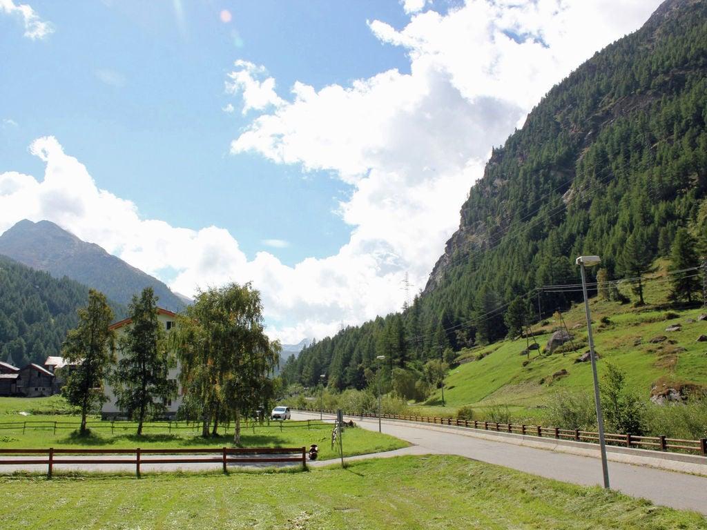 Ferienwohnung Großzügige Ferienwohnung mit Garten in Saas-Almagell (343174), Saas Almagell, Saastal, Wallis, Schweiz, Bild 4