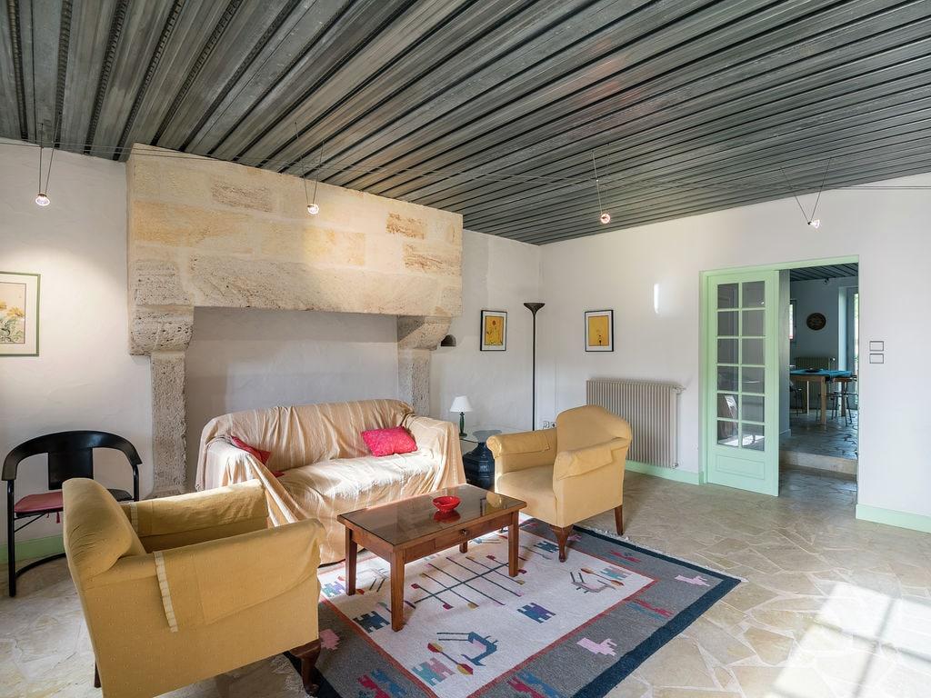 Maison de vacances Gîte avec piscine entouré de vignes (1404888), Lussac, Gironde, Aquitaine, France, image 5