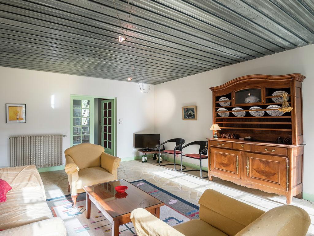 Maison de vacances Gîte avec piscine entouré de vignes (1404888), Lussac, Gironde, Aquitaine, France, image 7