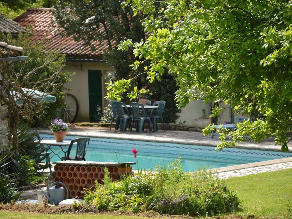 Ferienhaus Gemütliches Ferienhaus in Souvigné mit privatem Pool (359353), La Mothe St Héray, Deux-Sèvres, Poitou-Charentes, Frankreich, Bild 3