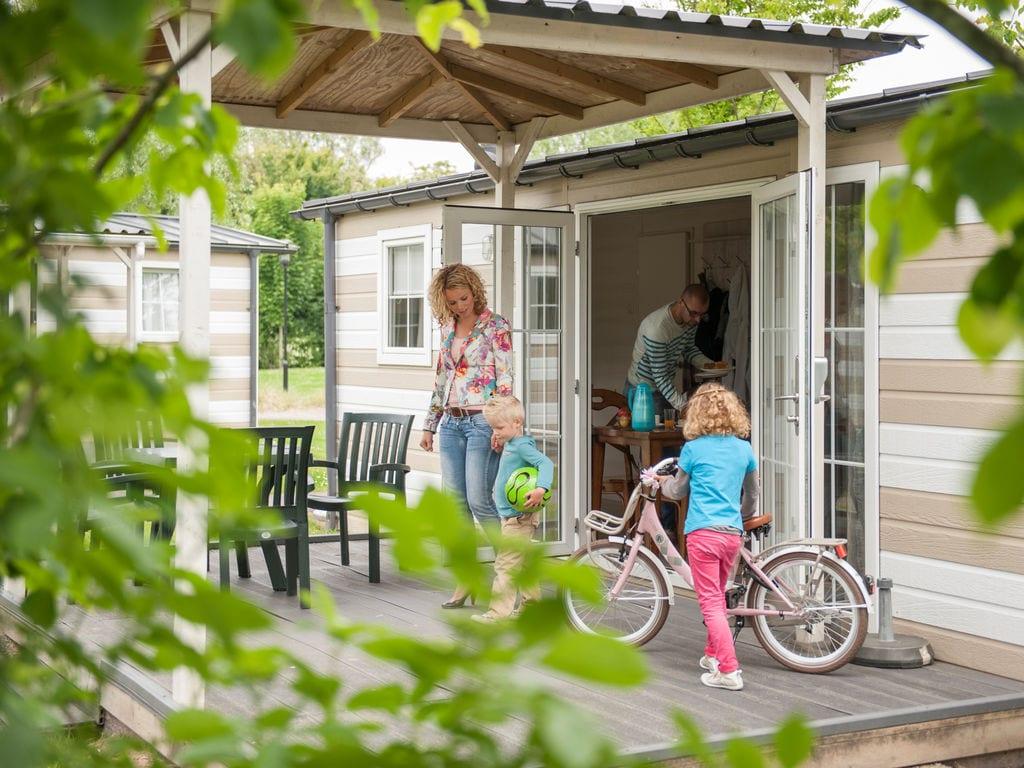 Ferienhaus Vakantiepark Beach Resort 2 (354617), Kamperland, , Seeland, Niederlande, Bild 2