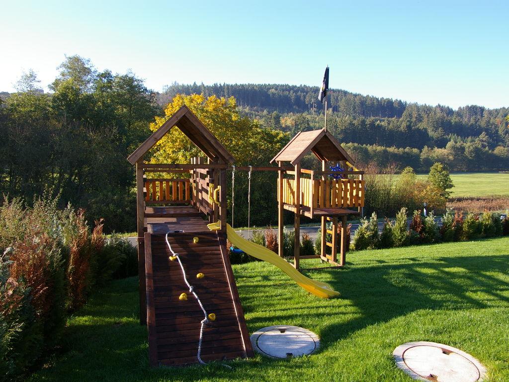 Ferienhaus Luxuriöses Chalet im Medebacher Sauerland mit eigenem Garten (357104), Medebach, Sauerland, Nordrhein-Westfalen, Deutschland, Bild 21