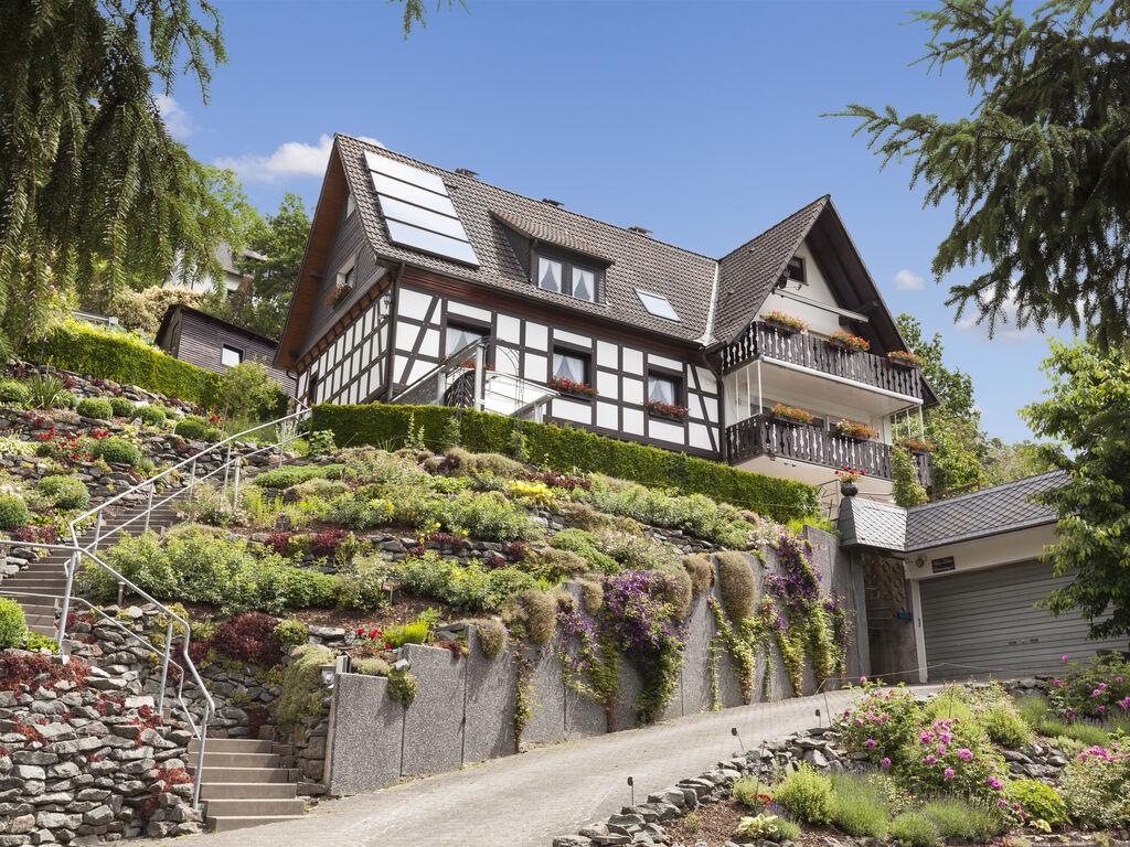 Ferienhaus Schicke Ferienwohnung in Hallenberg mit Terrasse (361315), Hallenberg, Sauerland, Nordrhein-Westfalen, Deutschland, Bild 2