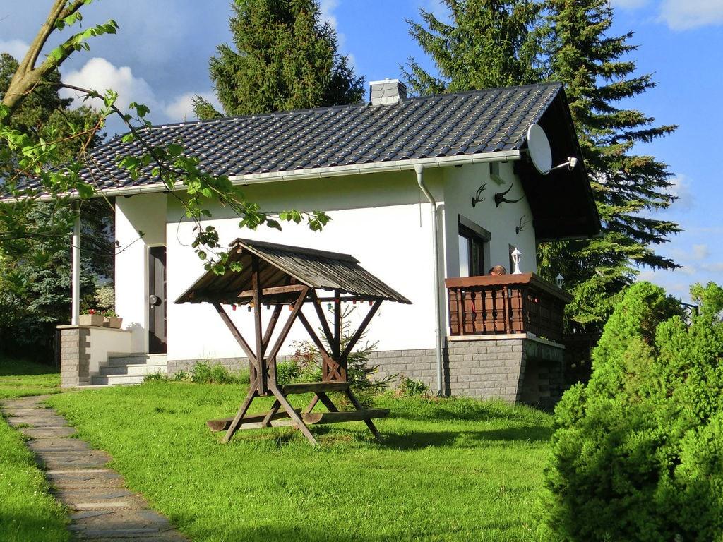 Holiday house Ruhiges Ferienhaus in Unterwürschnitz Sachsen mit Terrasse (391987), Adorf, Vogtland (Saxony), Saxony, Germany, picture 1