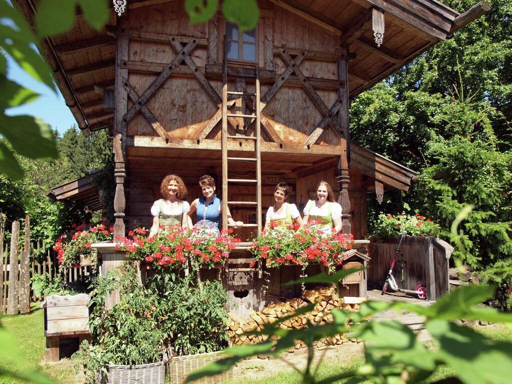Ferienhaus Almhütte (392615), Tittmoning, Chiemgau, Bayern, Deutschland, Bild 2