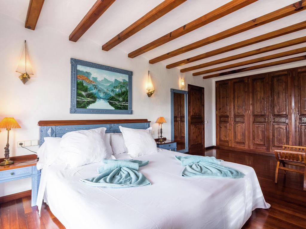 Ferienhaus Hübsches Ferienhaus in Santa Eulària des Riu mit Privatpool (562906), Santa Eularia des Riu, Ibiza, Balearische Inseln, Spanien, Bild 20