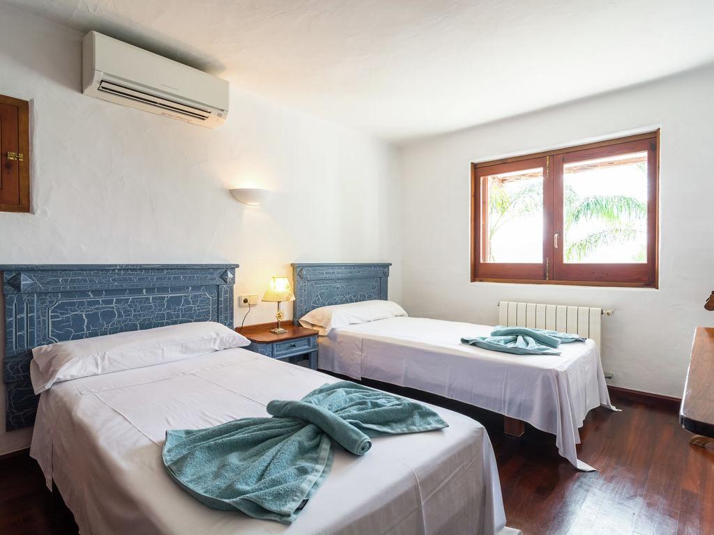 Ferienhaus Hübsches Ferienhaus in Santa Eulària des Riu mit Privatpool (562906), Santa Eularia des Riu, Ibiza, Balearische Inseln, Spanien, Bild 19