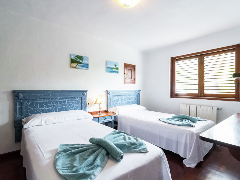 Ferienhaus Hübsches Ferienhaus in Santa Eulària des Riu mit Privatpool (562906), Santa Eularia des Riu, Ibiza, Balearische Inseln, Spanien, Bild 18