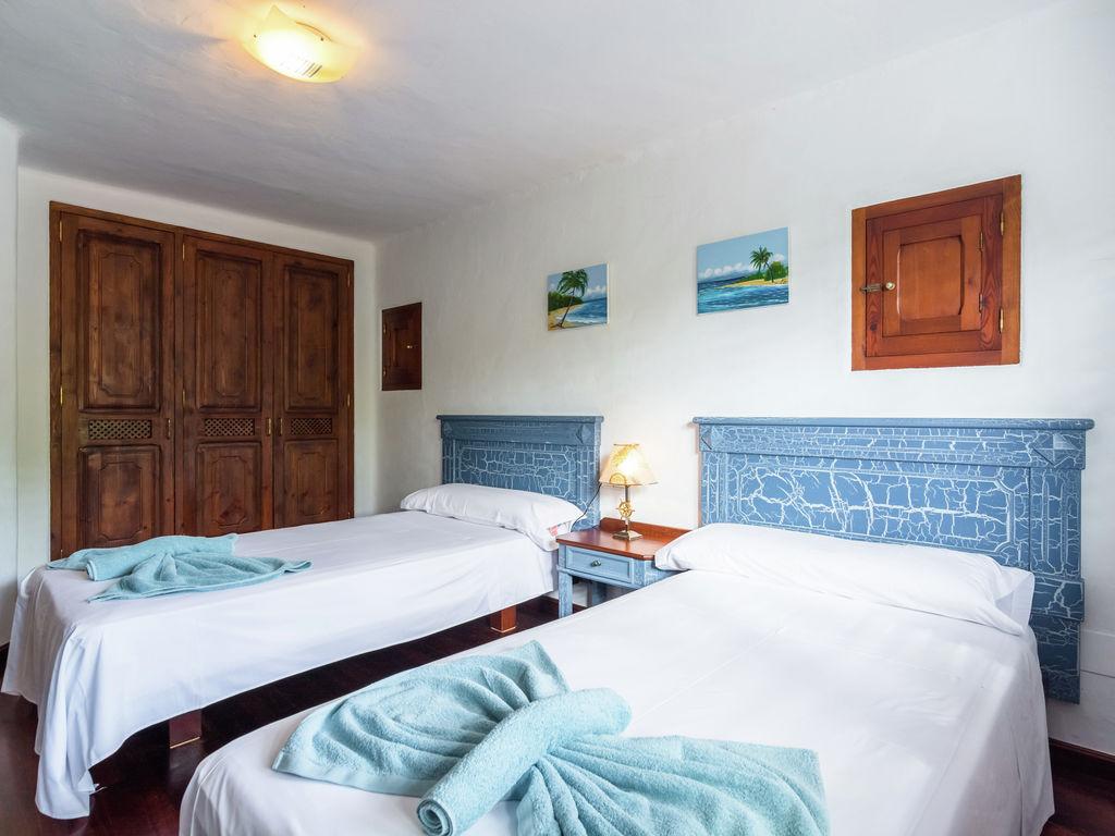 Ferienhaus Hübsches Ferienhaus in Santa Eulària des Riu mit Privatpool (562906), Santa Eularia des Riu, Ibiza, Balearische Inseln, Spanien, Bild 17