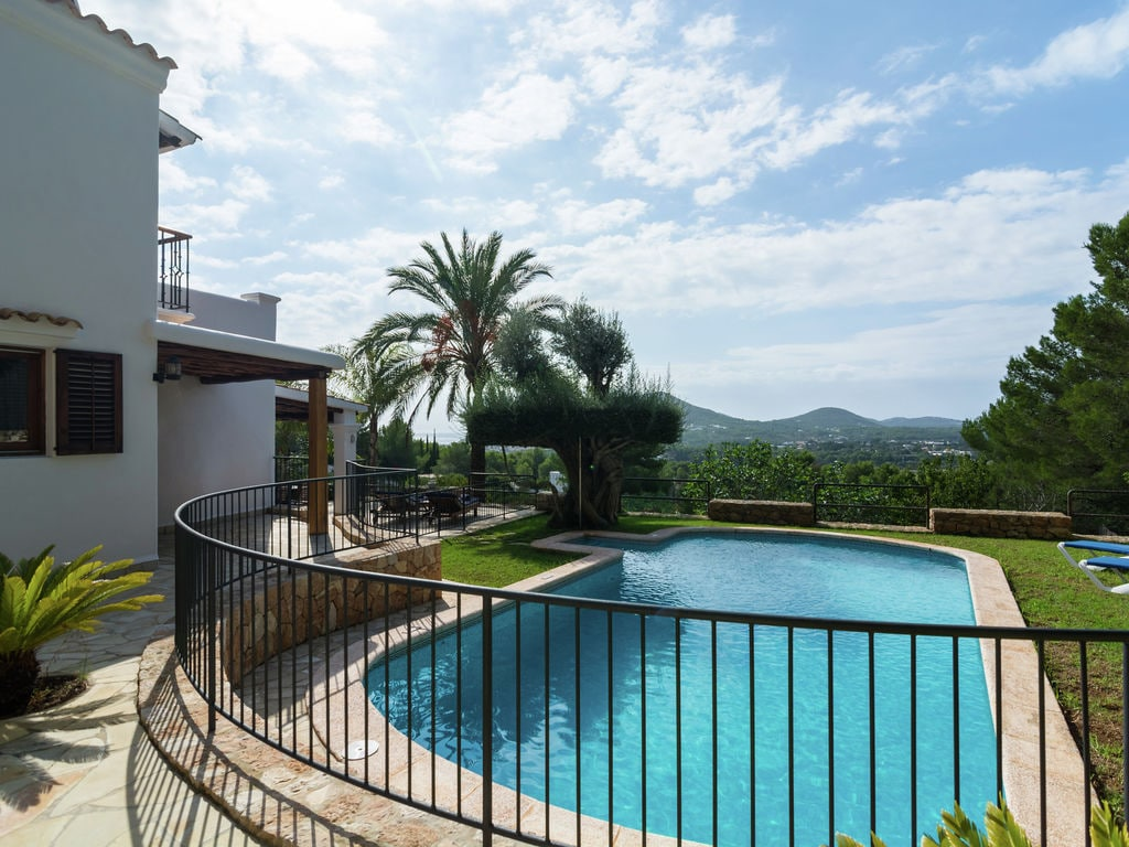 Ferienhaus Hübsches Ferienhaus in Santa Eulària des Riu mit Privatpool (562906), Santa Eularia des Riu, Ibiza, Balearische Inseln, Spanien, Bild 4