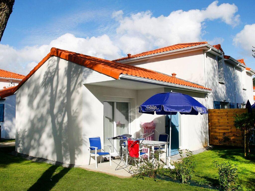 Ferienhaus Gemütliches Ferienhaus mit Terrasse, nur 600 m zum Strand (591491), Saint Brevin les Pins, Atlantikküste Loire-Atlantique, Pays de la Loire, Frankreich, Bild 3
