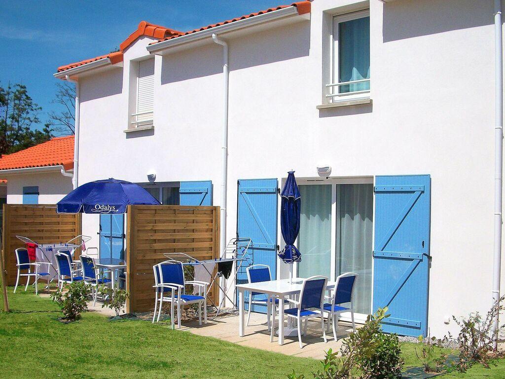 Ferienhaus Gemütliches Ferienhaus mit Terrasse, nur 600 m zum Strand (591513), Saint Brevin les Pins, Atlantikküste Loire-Atlantique, Pays de la Loire, Frankreich, Bild 2
