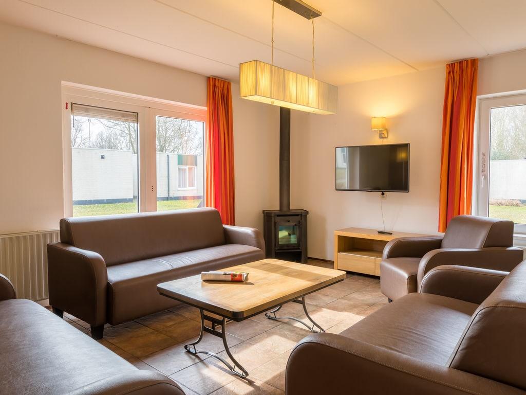 Ferienhaus Geräum. Bungalow mit Geschirrsp., nahe dem Hunebedcentrum (409709), Borger, , Drenthe, Niederlande, Bild 3