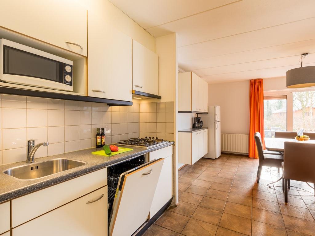 Ferienhaus Geräum. Bungalow mit Geschirrsp., nahe dem Hunebedcentrum (409709), Borger, , Drenthe, Niederlande, Bild 5