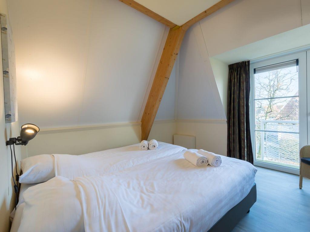 Ferienhaus Stilvolle Doppelhaus-Villa mit Garten, 1 km vom Strand entf. (411380), Stroodorp, , Seeland, Niederlande, Bild 5