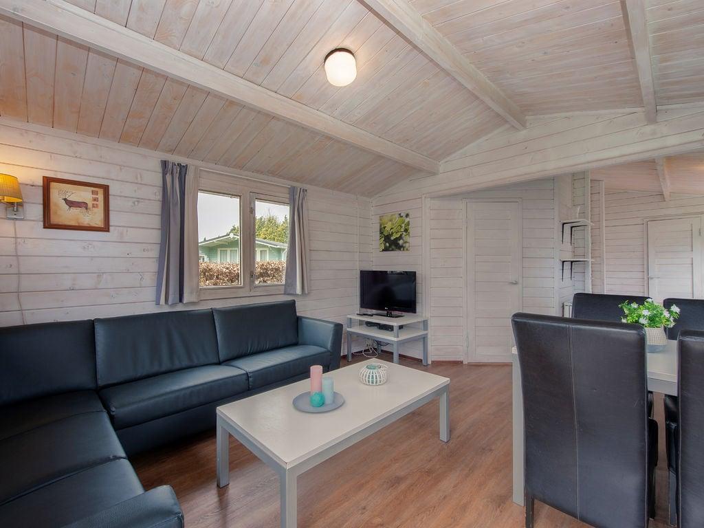 Ferienhaus Gemütliches, komfortables Holzchalet in autofreier Zone (419016), Arcen, Noord-Limburg, Limburg (NL), Niederlande, Bild 3