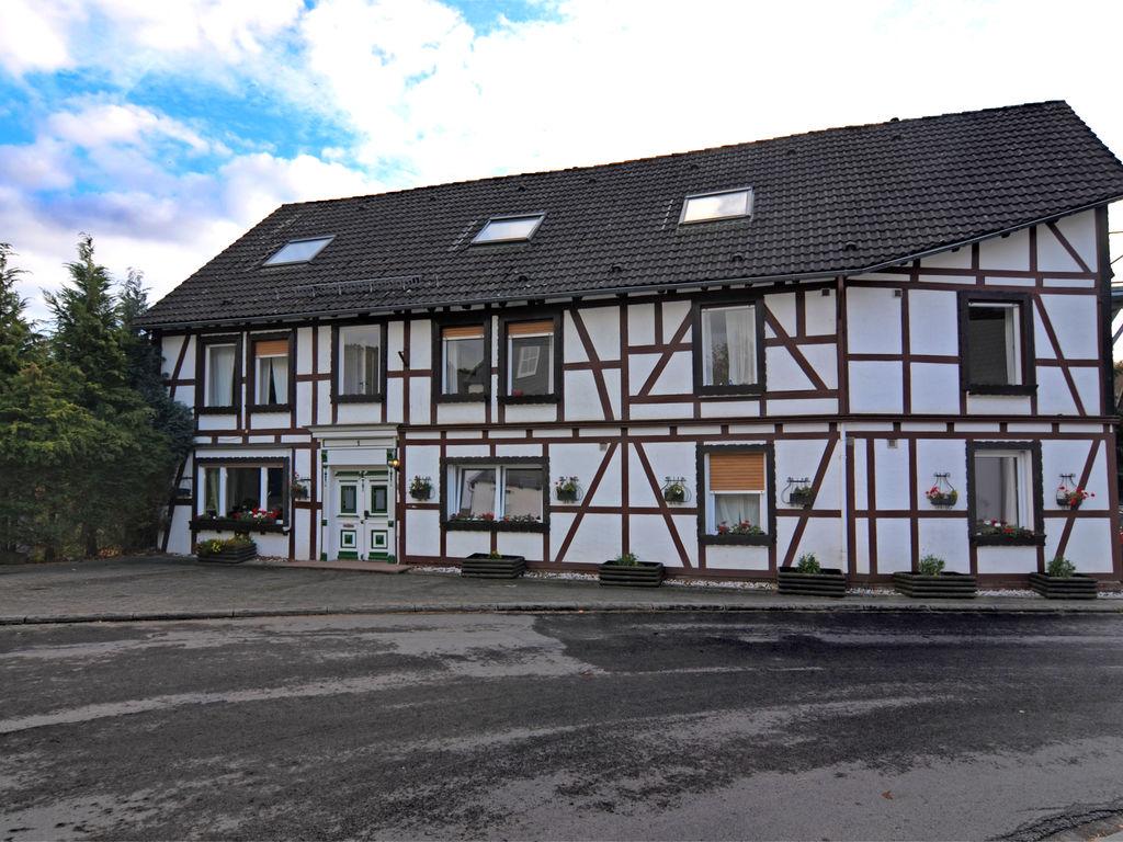 Ferienhaus Helles Ferienhaus mit Terrasse in Medebach, Deutschland (672501), Medebach, Sauerland, Nordrhein-Westfalen, Deutschland, Bild 3