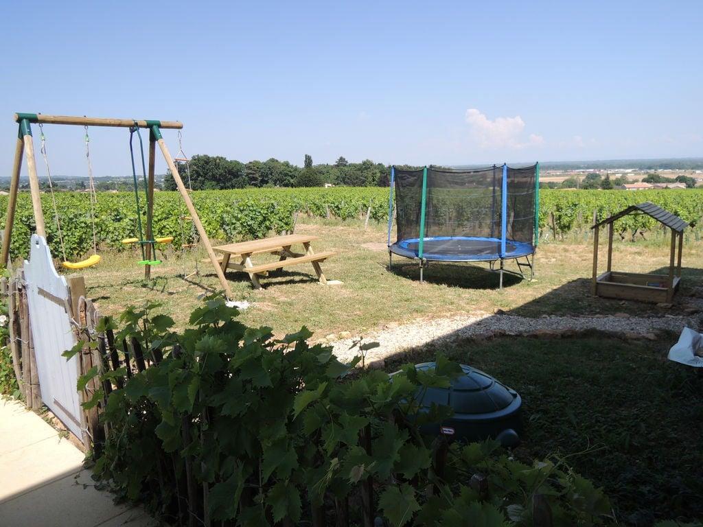 Ferienhaus Geräumiges Landhaus mit Pool in Vinzelles (424589), Crêches sur Saône, Saône-et-Loire, Burgund, Frankreich, Bild 20