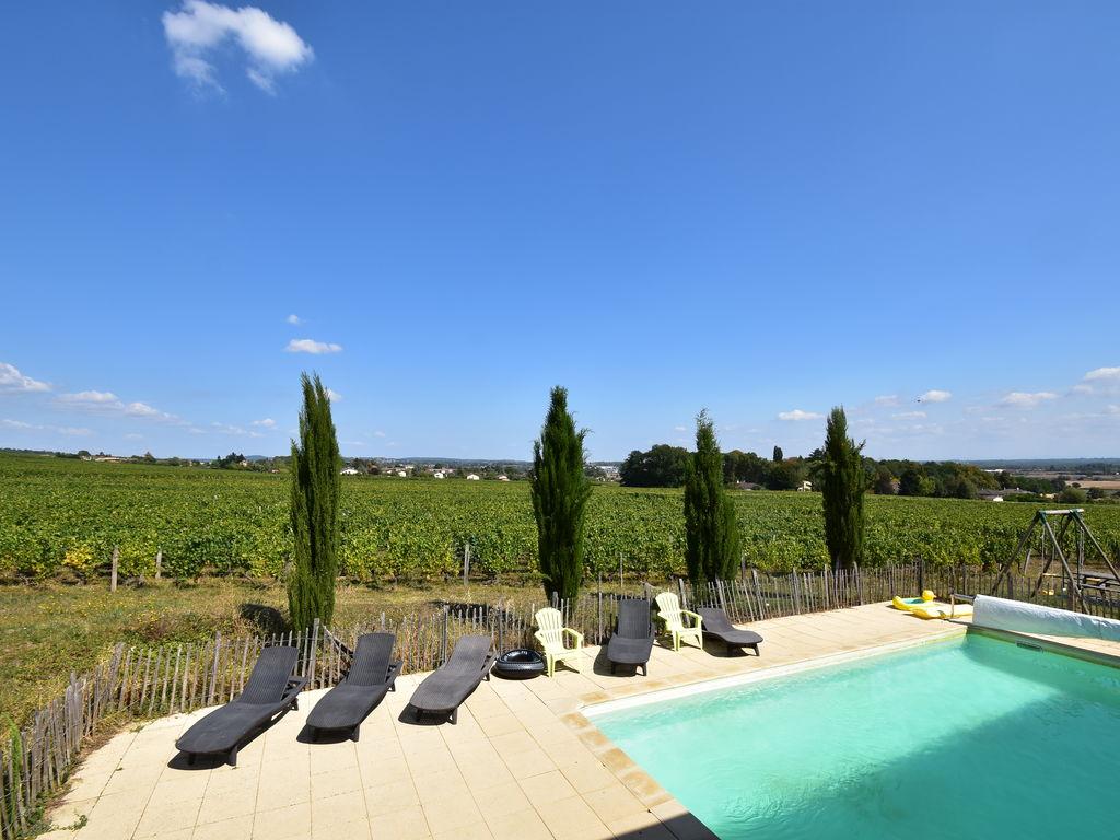 Ferienhaus Geräumiges Landhaus mit Pool in Vinzelles (424589), Crêches sur Saône, Saône-et-Loire, Burgund, Frankreich, Bild 31