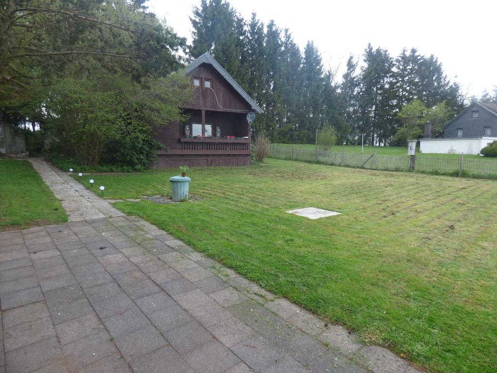 Ruhiges Chalet in der Hönninger Eifel mit Gar Ferienhaus in der Eifel