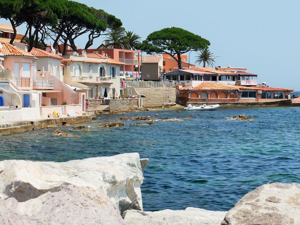Ferienhaus Modernes Haus mit Terrasse, nahe dem beliebten St. Maxime (427930), Sainte Maxime, Côte d'Azur, Provence - Alpen - Côte d'Azur, Frankreich, Bild 31