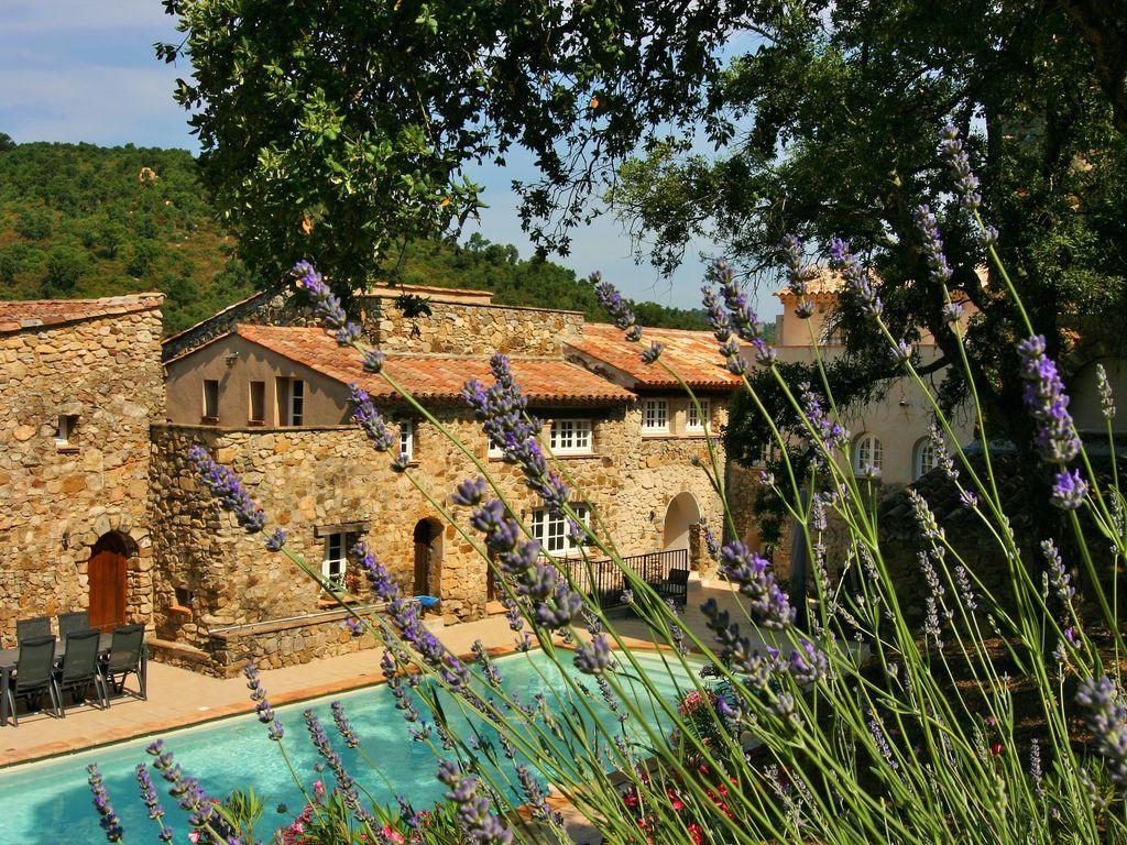 Ferienhaus Modernes Haus mit Terrasse, nahe dem beliebten St. Maxime (427930), Sainte Maxime, Côte d'Azur, Provence - Alpen - Côte d'Azur, Frankreich, Bild 4