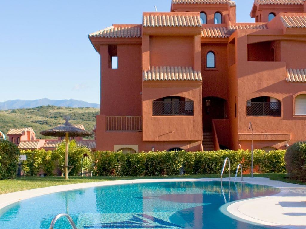 Appartement de vacances Albayt Resort & Spa - Apt Std 3 Bedroom (101390), Estepona, Costa del Sol, Andalousie, Espagne, image 3