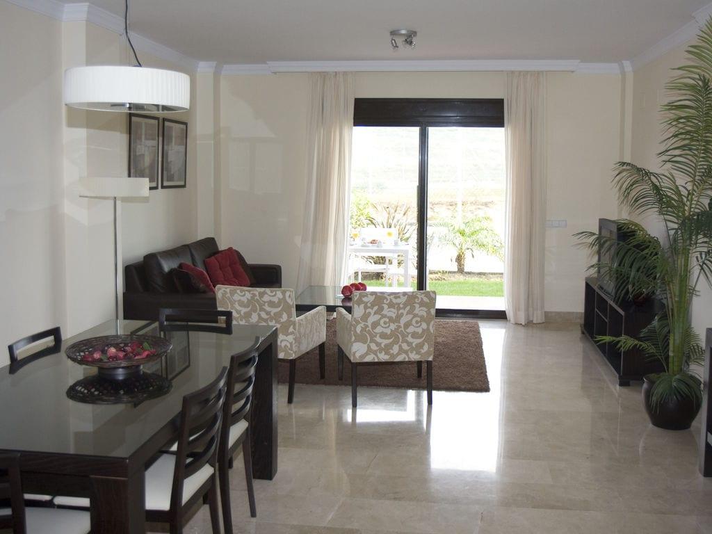 Appartement de vacances Albayt Resort & Spa - Apt Std 3 Bedroom (101390), Estepona, Costa del Sol, Andalousie, Espagne, image 4