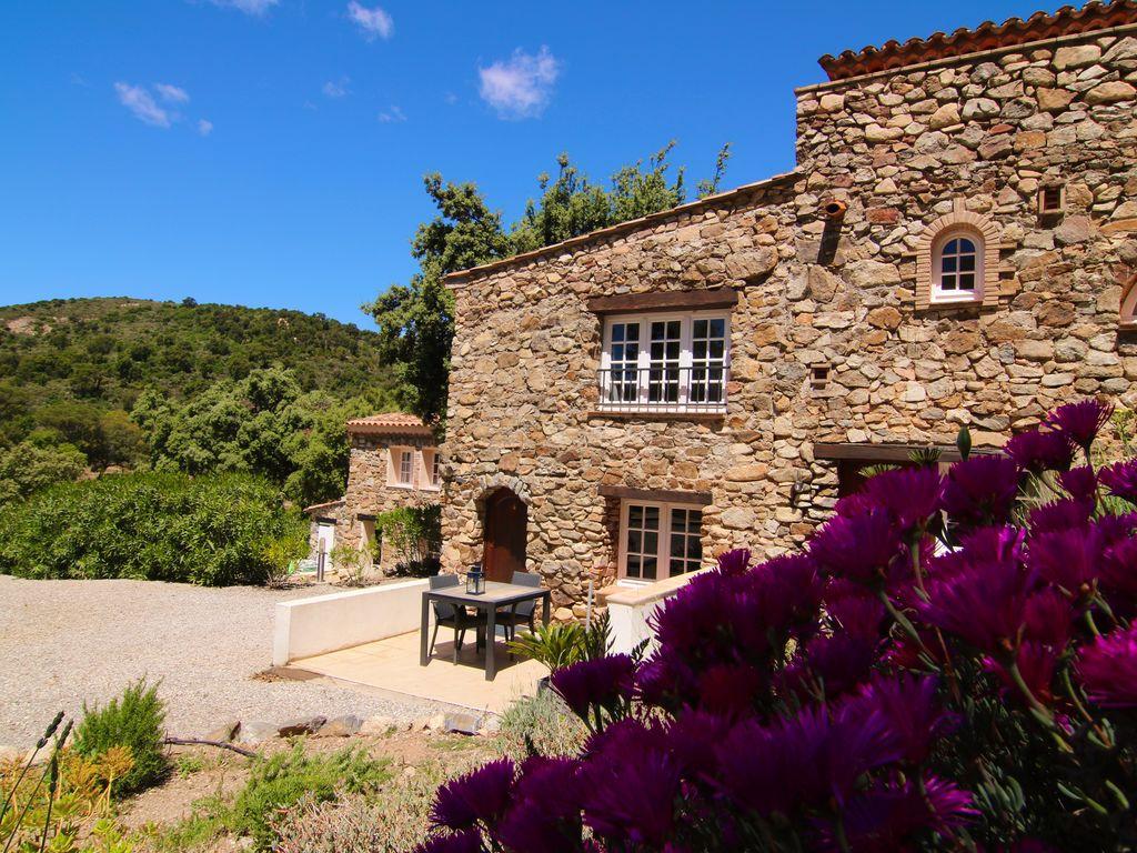 Holiday house Modernes Haus mit Terrasse, nahe dem beliebten St. Maxime (428382), Sainte Maxime, Côte d'Azur, Provence - Alps - Côte d'Azur, France, picture 17