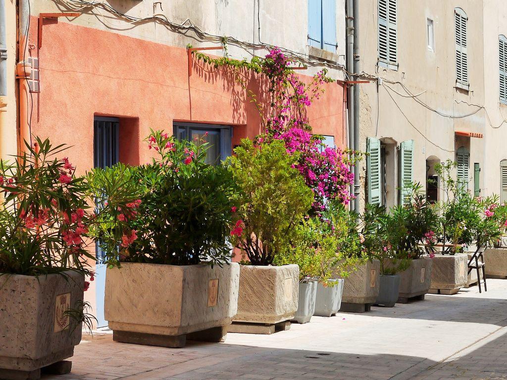 Ferienhaus Modernes Haus mit Terrasse, nahe dem beliebten St. Maxime (428319), Sainte Maxime, Côte d'Azur, Provence - Alpen - Côte d'Azur, Frankreich, Bild 36