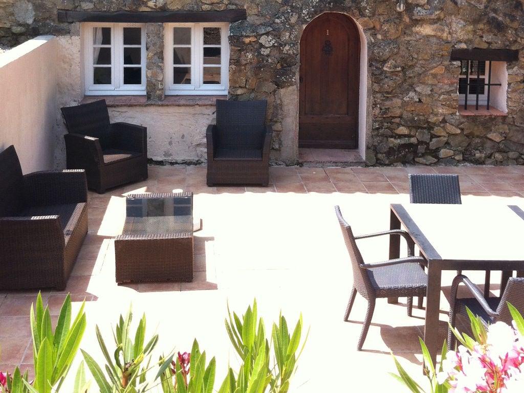 Ferienhaus Modernes Haus mit Terrasse, nahe dem beliebten St. Maxime (428319), Sainte Maxime, Côte d'Azur, Provence - Alpen - Côte d'Azur, Frankreich, Bild 22