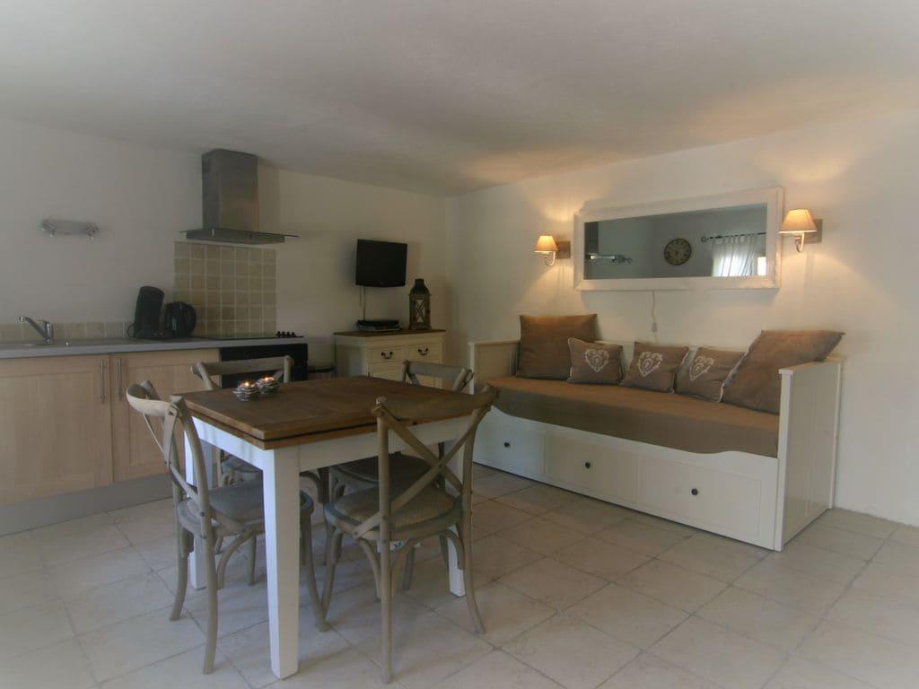 Ferienhaus Modernes Haus mit Terrasse, nahe dem beliebten St. Maxime (428319), Sainte Maxime, Côte d'Azur, Provence - Alpen - Côte d'Azur, Frankreich, Bild 13