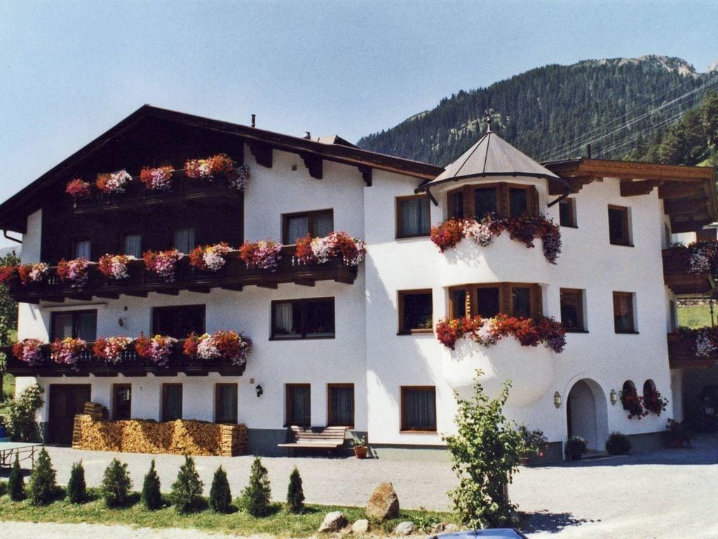 Holiday apartment Feuerstein 1 (433195), St. Anton am Arlberg, St. Anton am Arlberg, Tyrol, Austria, picture 1