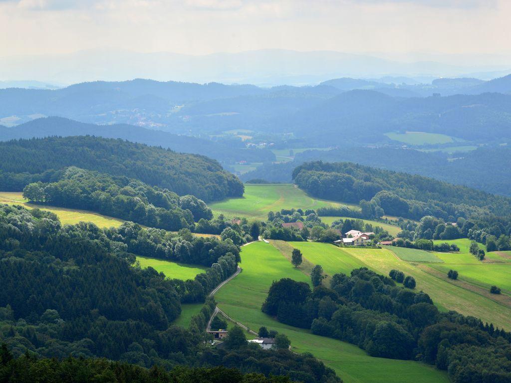 Ferienhaus Ehemaliges Bauernhaus mit Garten, Liegewiese und einzigartiger Aussicht (438225), Zenting, Bayerischer Wald, Bayern, Deutschland, Bild 3