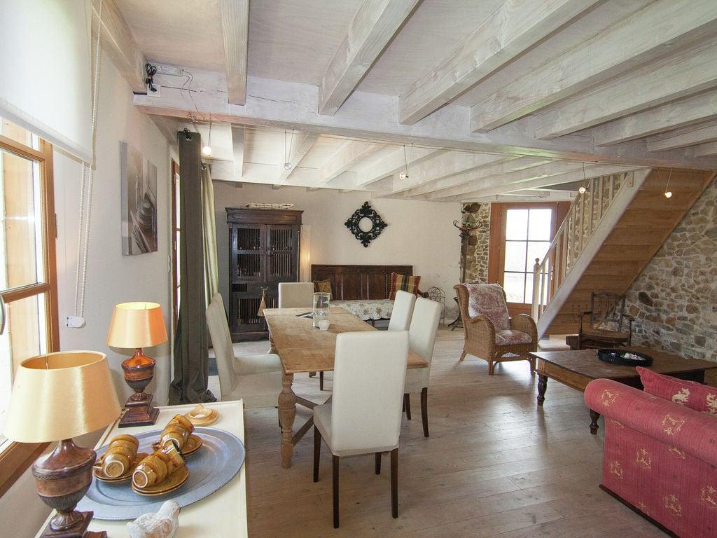 Ferienhaus Geräumiges Ferienhaus auf einem schönen Grundstück mit einem beheizten Pool. (465001), Cherves Châtelars, Charente, Poitou-Charentes, Frankreich, Bild 8