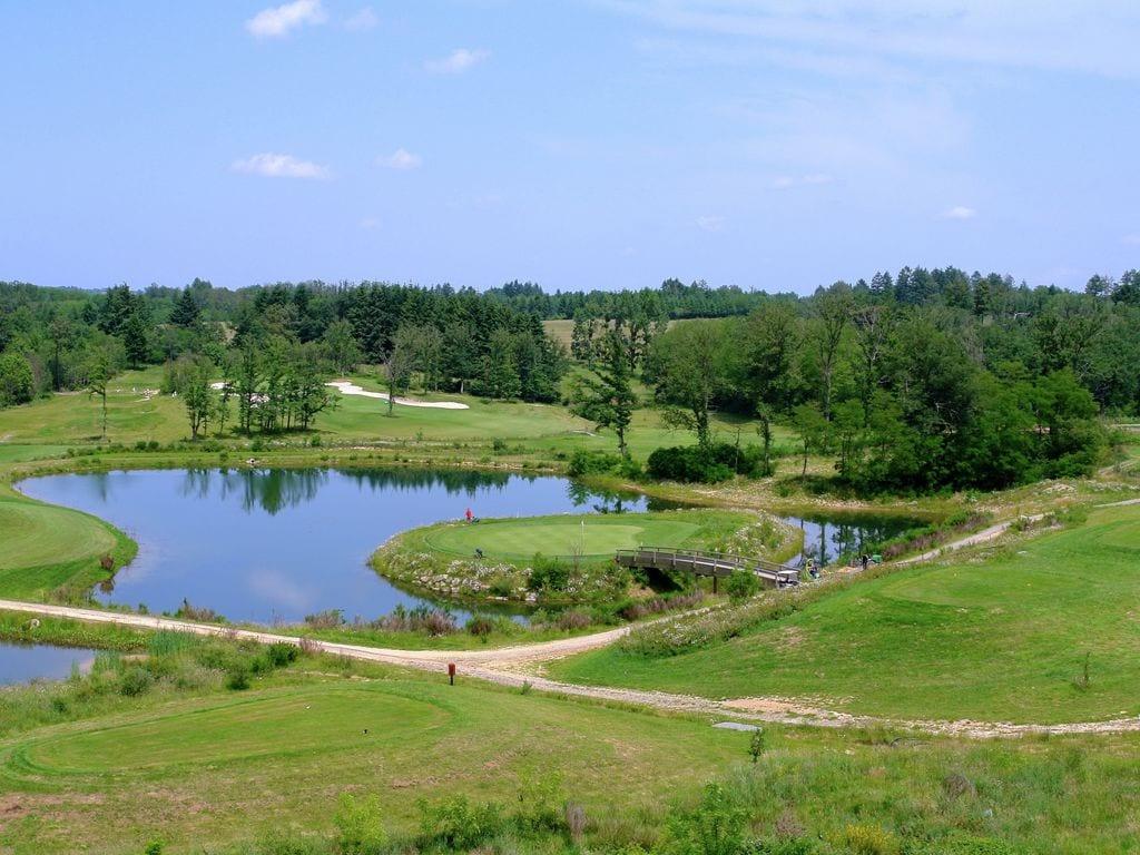 Ferienhaus Sehr geräumig Ferienhaus auf einem Grundstück mit einem beheizten Pool. (465000), Cherves Châtelars, Charente, Poitou-Charentes, Frankreich, Bild 28