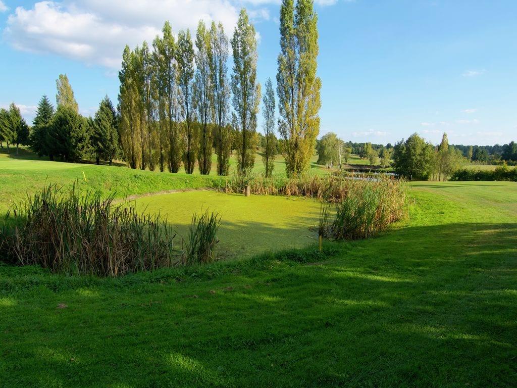 Ferienhaus Sehr geräumig Ferienhaus auf einem Grundstück mit einem beheizten Pool. (465000), Cherves Châtelars, Charente, Poitou-Charentes, Frankreich, Bild 32