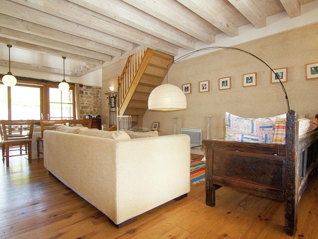 Ferienhaus Sehr geräumig Ferienhaus auf einem Grundstück mit einem beheizten Pool. (465000), Cherves Châtelars, Charente, Poitou-Charentes, Frankreich, Bild 9