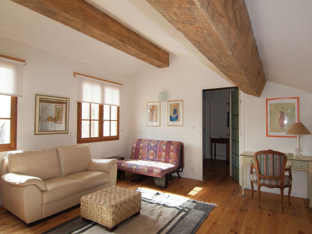 Ferienhaus Sehr geräumig Ferienhaus auf einem Grundstück mit einem beheizten Pool. (465000), Cherves Châtelars, Charente, Poitou-Charentes, Frankreich, Bild 17