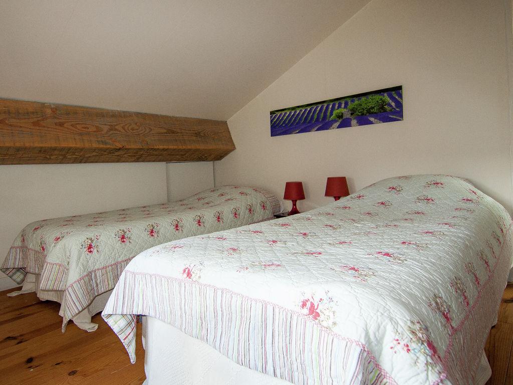 Ferienhaus Sehr geräumig Ferienhaus auf einem Grundstück mit einem beheizten Pool. (465000), Cherves Châtelars, Charente, Poitou-Charentes, Frankreich, Bild 21