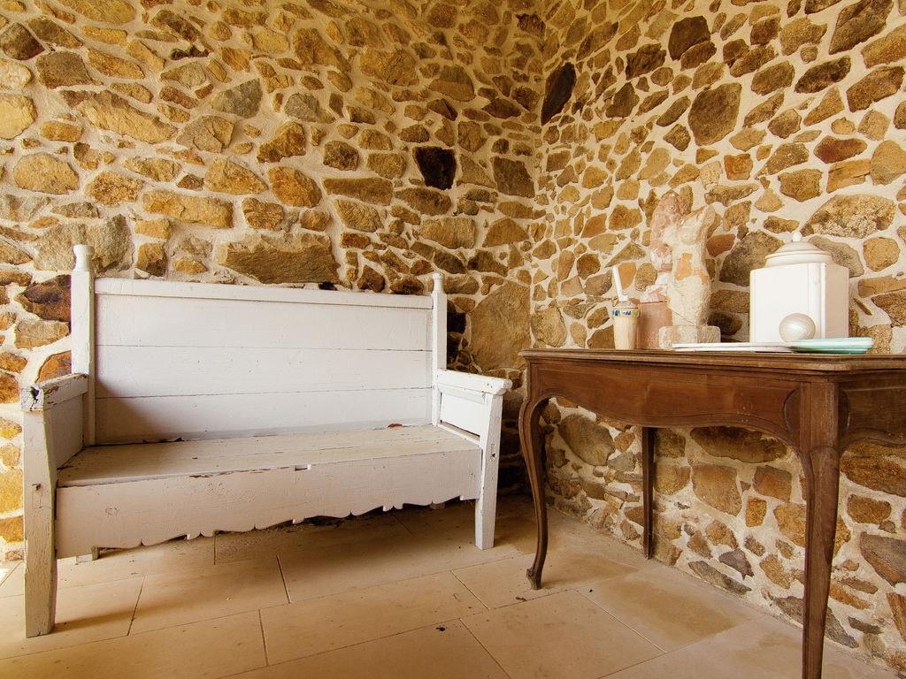 Ferienhaus Sehr geräumig Ferienhaus auf einem Grundstück mit einem beheizten Pool. (465000), Cherves Châtelars, Charente, Poitou-Charentes, Frankreich, Bild 37