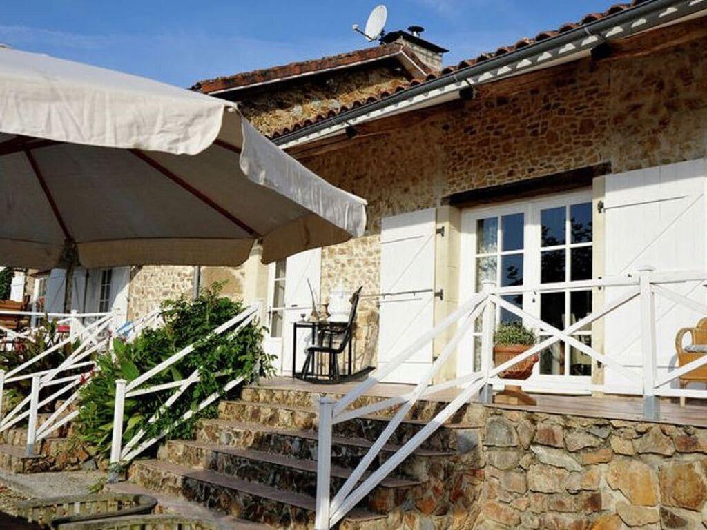 Ferienhaus Gemütliches Ferienhaus in Roussines mit eigener Terrasse (464997), Cherves Châtelars, Charente, Poitou-Charentes, Frankreich, Bild 3