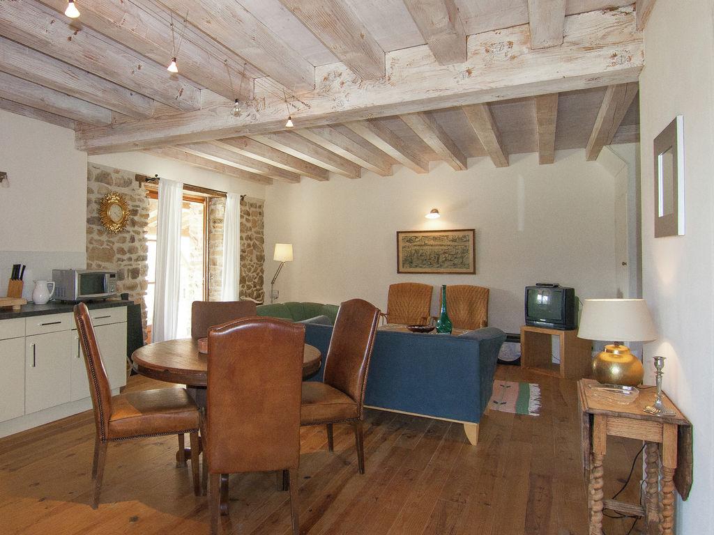 Ferienhaus Sehr schönes Ferienhaus mit Studio in einer Domäne mit beheiztem Pool. (465008), Cherves Châtelars, Charente, Poitou-Charentes, Frankreich, Bild 13