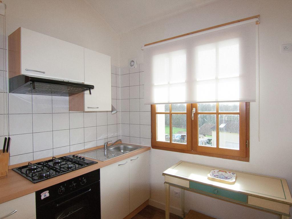 Ferienhaus Sehr schönes Ferienhaus mit Studio in einer Domäne mit beheiztem Pool. (465008), Cherves Châtelars, Charente, Poitou-Charentes, Frankreich, Bild 16