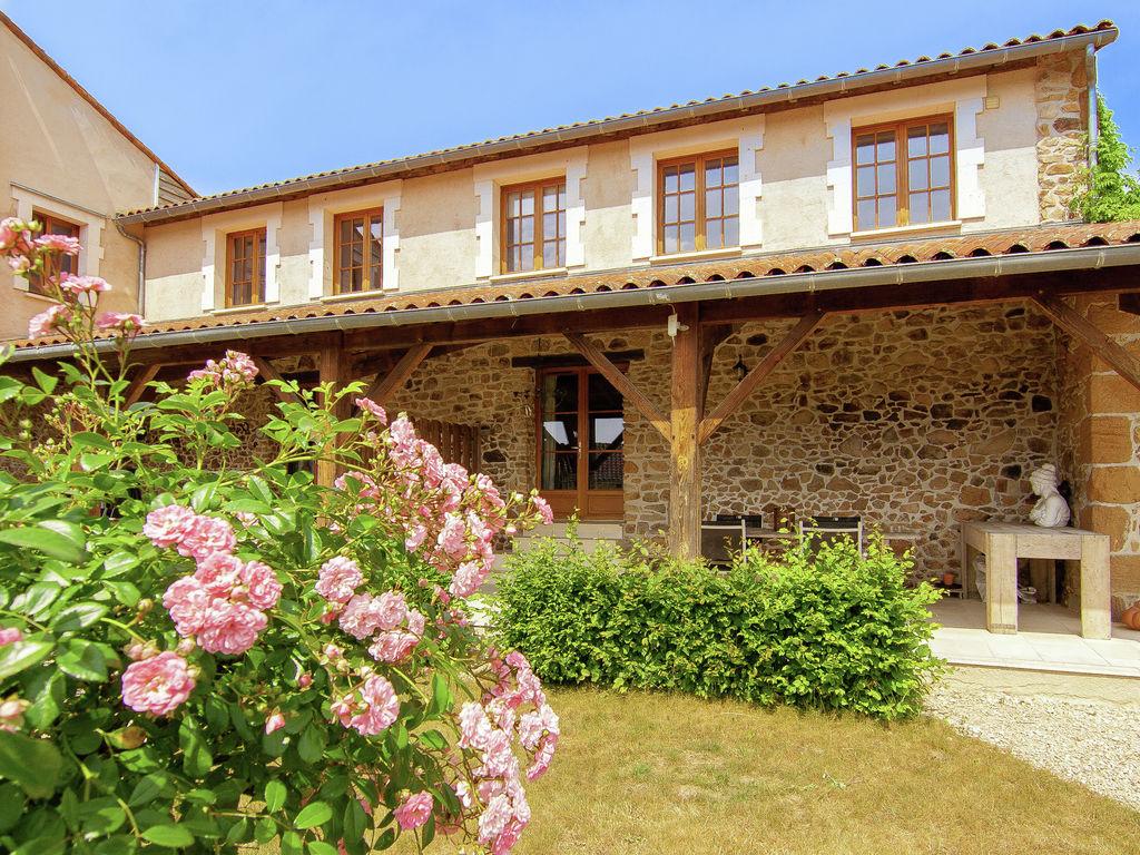 Ferienhaus Sehr schönes Ferienhaus mit Studio in einer Domäne mit beheiztem Pool. (465008), Cherves Châtelars, Charente, Poitou-Charentes, Frankreich, Bild 4