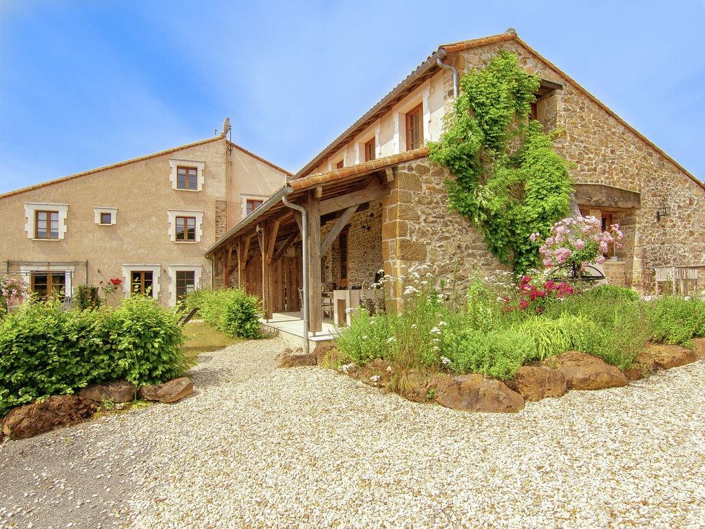Ferienhaus Sehr schönes Ferienhaus mit Studio in einer Domäne mit beheiztem Pool. (465008), Cherves Châtelars, Charente, Poitou-Charentes, Frankreich, Bild 3