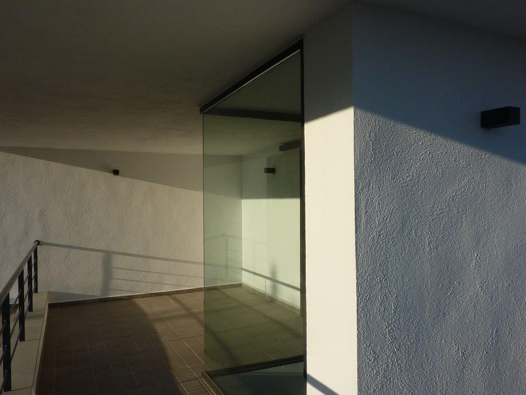 Ferienhaus Moderne Villa in Katalonien mit Swimmingpool (449919), Pratdip, Tarragona, Katalonien, Spanien, Bild 15